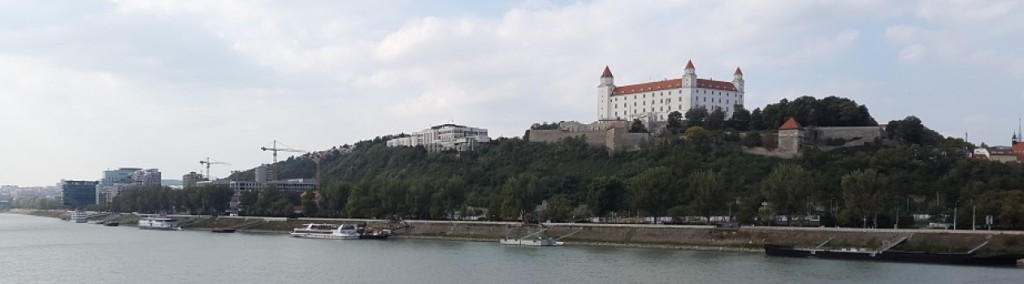 cropped-Slovakia-Bratislava-2.jpg