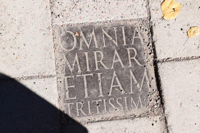 OMNIA MIRARI ETIAM TRITISSIMA, Carl Linnaeus, Linnaean Garden, Uppsala, Sweden