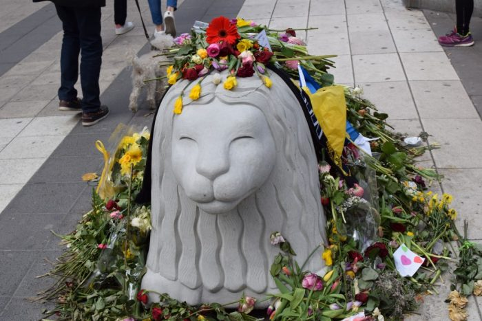 Drottninggatan, Stockholm, Sweden, Flowers, Terrorist Attack, Stone Lion