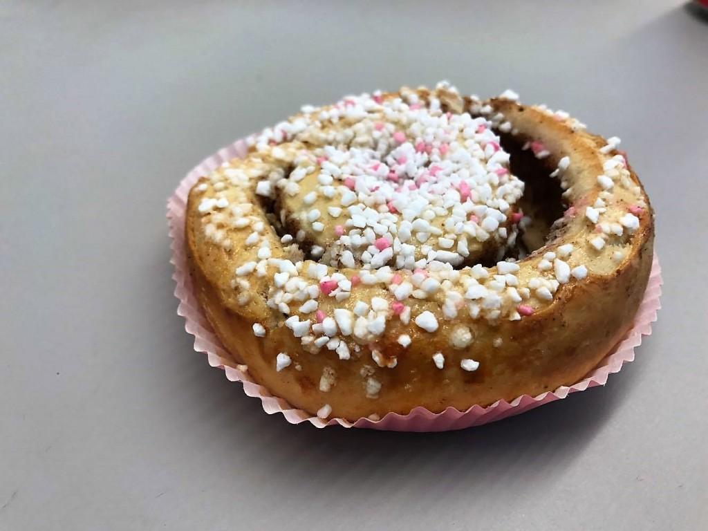 Swedish cinnamon roll day, Swedish Traditions, Swedish Cinnamon Roll, Kanelbulle, Kanelbullens dag