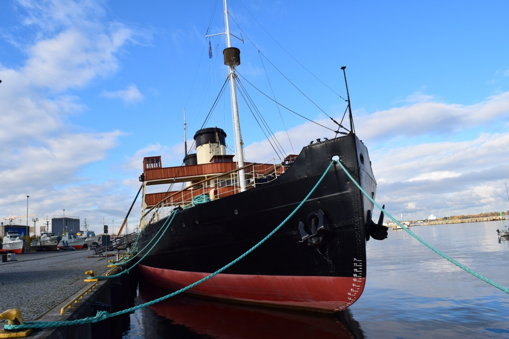 Suur Tõll, Tallinn, Estonia, Russian Ice Breaker